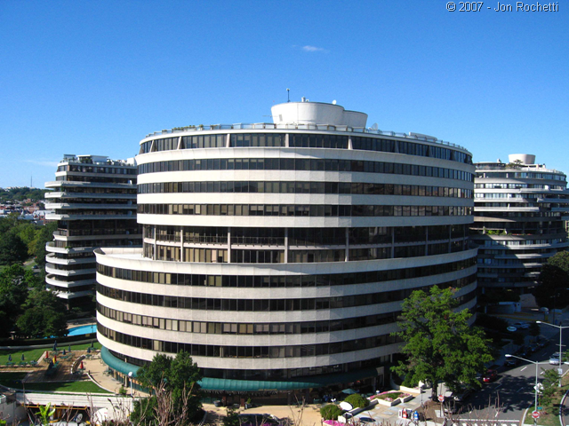 effects of watergate scandal on american society The watergate scandal changed american politics forever, leading many americans to question their leaders and think more critically about the presidency the watergate break-in.