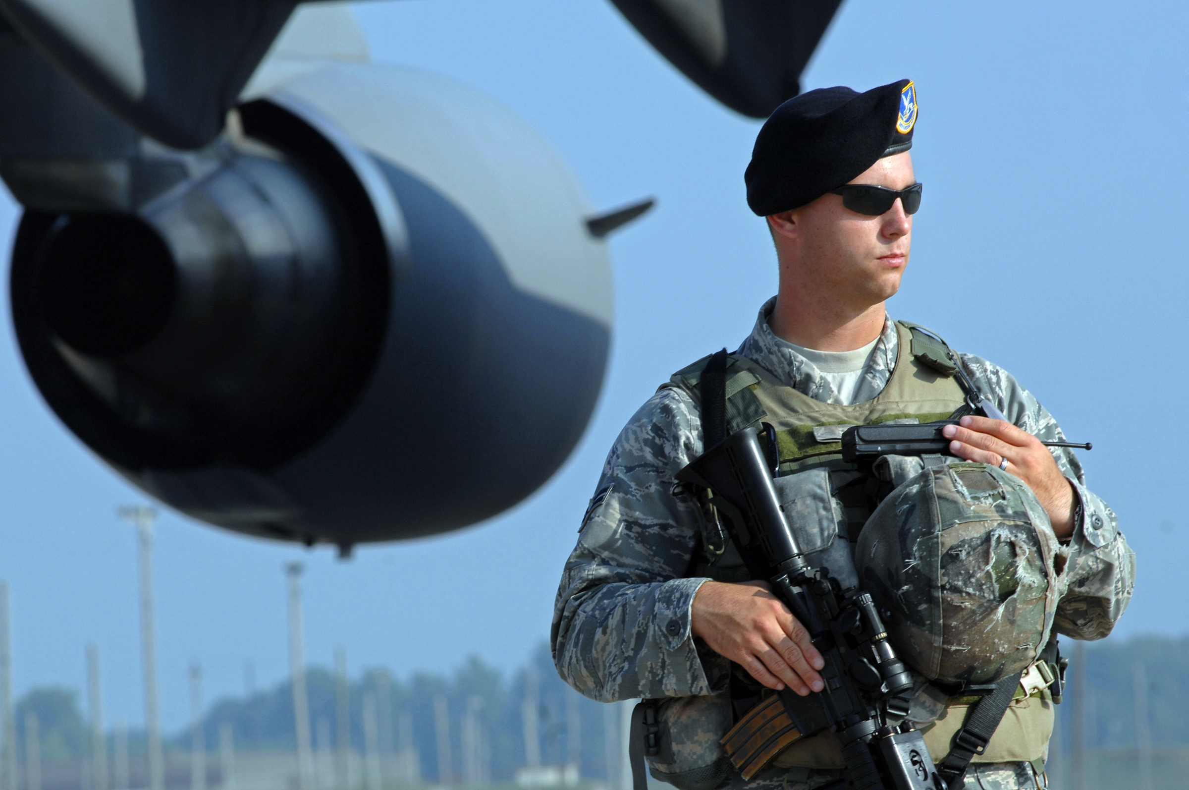 united states air force security forces Here is a video i put together showcasing the united states air force rate security forces or sf songs 1 battleme: touch 2 linkin park: new divide.